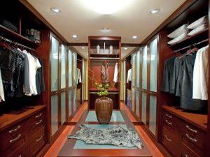 Натяжные потолки в гардеробную 7