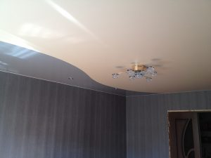 Криволинейные натяжные потолки 9