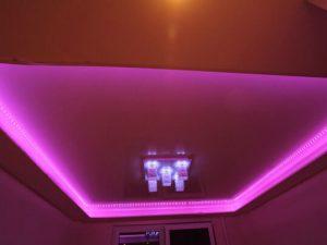 Натяжные потолки с подсветкой 7