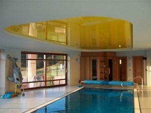 Натяжные потолки в бассейн 7