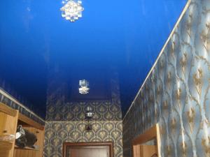Натяжные потолки в коридор 8
