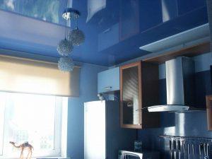 Натяжной потолок на кухню 8